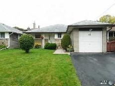 Unit - 67 Stevenharris Dr,  W2754950, Toronto,  for sale, , Steven Maislin, RE/MAX Realtron Realty Inc, Brokerage *
